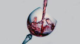Ποια κόκκινα κρασιά μπαίνουν στο ψυγείο;